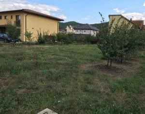 Teren deosebit, ideal pentru casa sau duplex, zona exclusiv de case