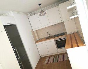 Apartament de inchiriat, 2 camere, etaj intermediar, 50 mp, zona Iulius Mall