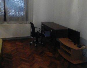 Inchiriere apartament cu 3 camere, zona centrala