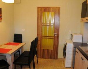 Inchiriere  apartament cu 3 camere in Manastur