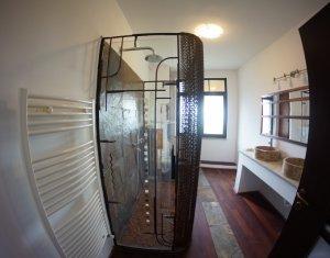 Inchiriere apartament 3 camere, Zorilor, loc de parcare privat