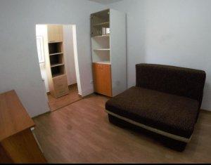 Inchiriere apartament decomandat, renovat cu 2 camere, in centrul orasului,