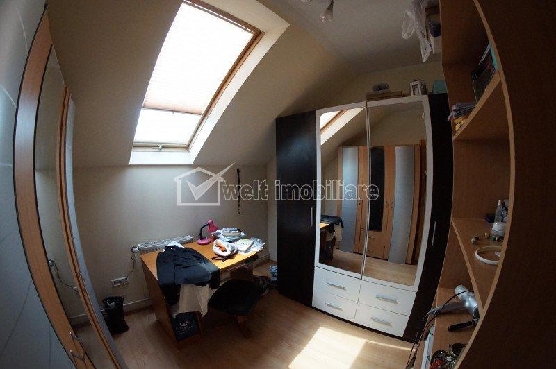 Apartament la casa, 4 camere, 47mp utili plus mansarda, zona Centrala!