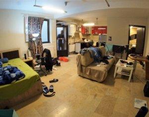 Inchiriere apartament modern cu 1 camera-tip studio, in centrul orasului