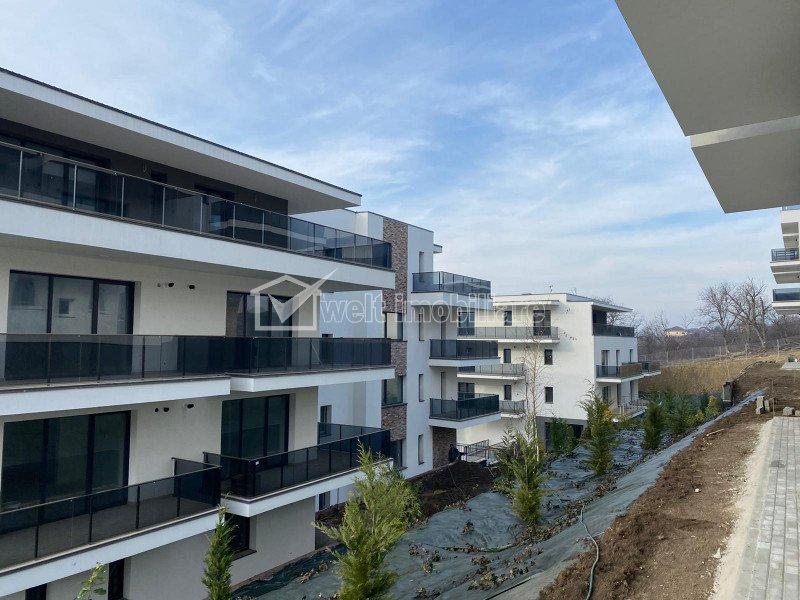 Vanzare apartament 3 camere, Borhanci, terasa 77 mp, acces facil spre Gheorgheni