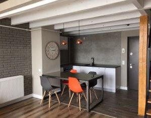 De inchiriat apartament in zona semicentrala, prima inchiriere