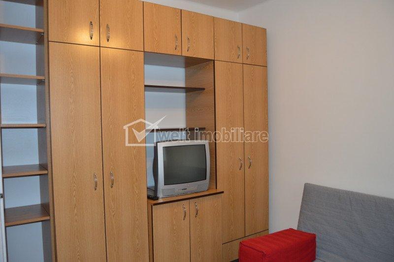 Inchiriere apartament cu 2 camere semidecomandate, 44 mp, zona strazii Horea