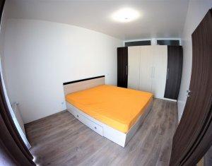 Apartament 3 camere, zona strazii Bucuresti!