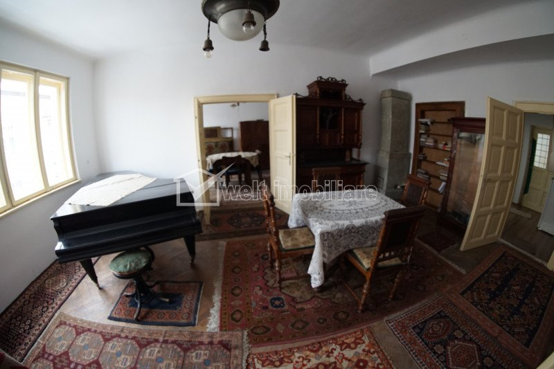 Vanzare apartament cu 4 camere ultracentral, Piata Avram Iancu