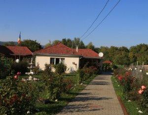 Vanzare casa individuala langa Turda, finisata modern, teren amenajat 2300 mp