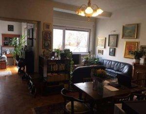 Apartment 5 rooms for sale in Cluj Napoca, zone Centru