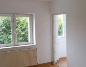 Vindem apartament cu 4 camere decomandate, 78 mp, in Zorilor