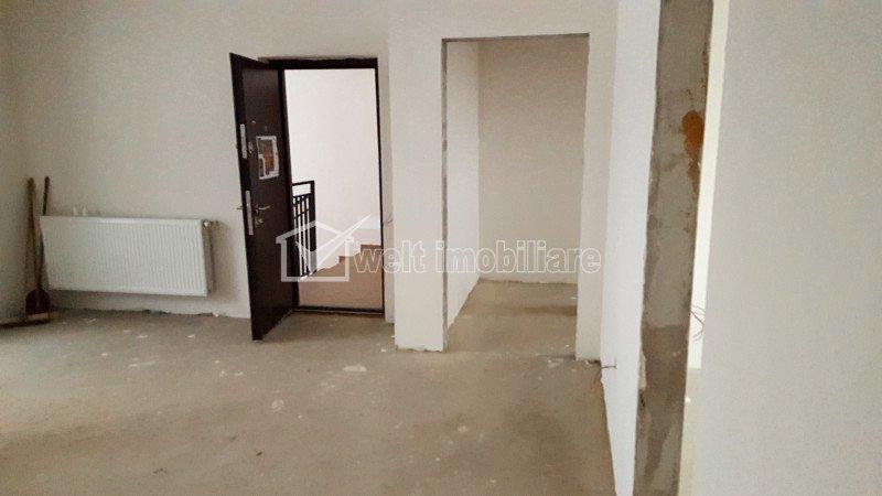 Vanzare apartament nou cu 3 camere, 74mp, Floresti, zona Stejarului
