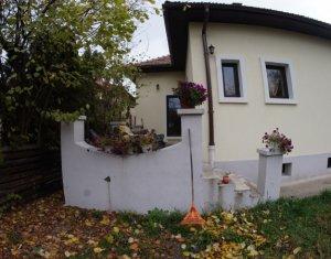 Casa individuala, 3 camere, 600mp teren, zona Andrei Muresanu