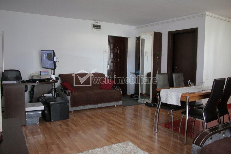 Apartament 2 camere finisat, mobilat, cu garaj, zona centrala