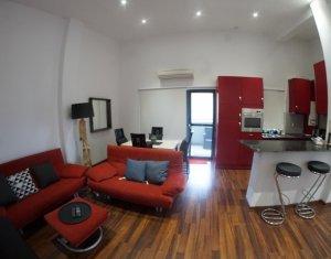 Apartament superb, ultrafinisat, confort lux cu terasa enorma, panorama, garaj