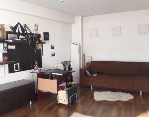 Inchiriere Apartament cu 1 camera, imobil nou, strada Closca