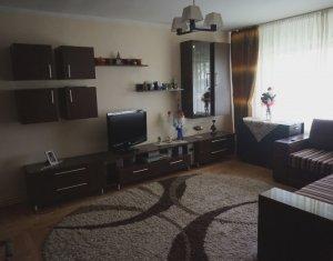 Vanzare apartament 3 camere decomandate, zona Expo Transilvania