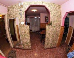 Vanzare apartament 2 camere decomandate, Baciu, etaj 2, zona Primariei