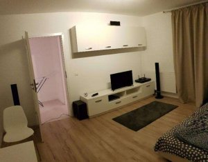 Apartament 1 camera, confort sporit,etaj intermediar, zona Iullius Mall