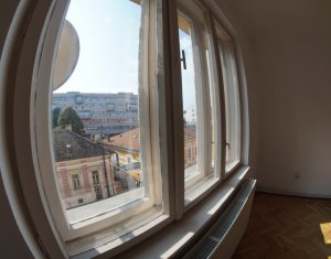 Apartament de vanzare, 2 camere, 100 mp, Centru!