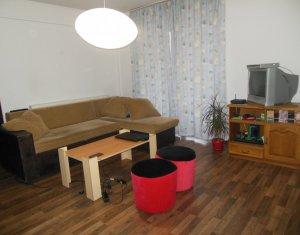 Vanzare apartament 3 camere, scara interioara, finisat, Floresti, zona Plopilor