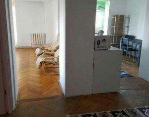 Apartament 4 camere, 2 balcoane, 2 bai, 92 mp, decomandat, finisaje moderne