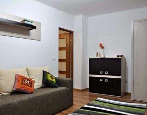 Inchiriere apartament 2 camere semidecomandate, zona Horea, loc de parcare