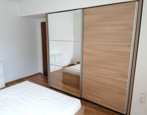 Apartament 2 camere, etaj intermediar, Centru