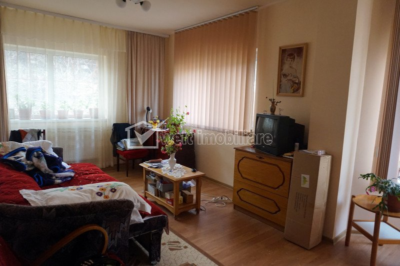 House 5 rooms for sale in Cluj-napoca, zone Manastur