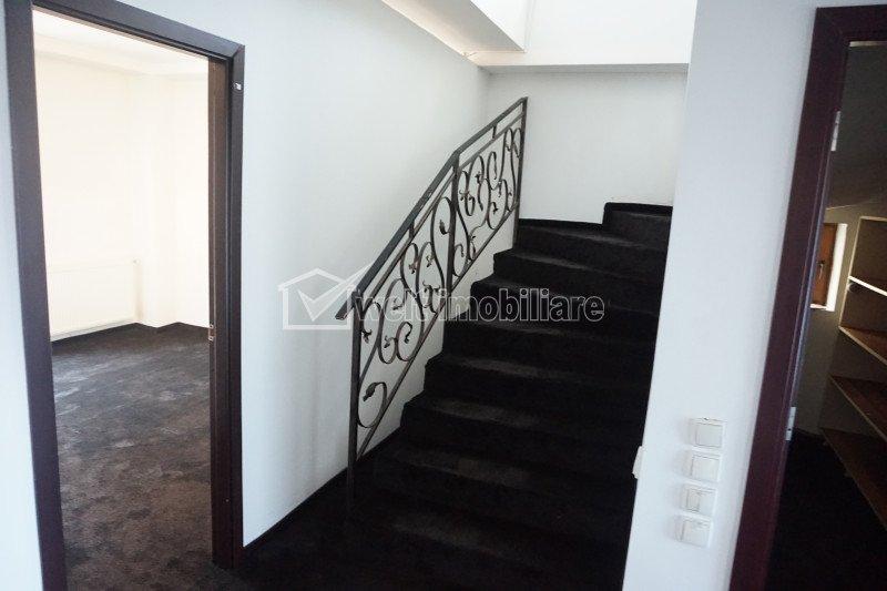 Casa de inchiriat in Gruia, 5 camere, ideala pentru sediu de firma, gradinita