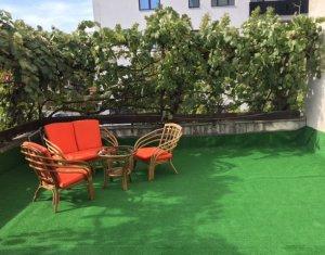 Vindem apartament 3 camere, decomandat, Zorilor, strada Observatorulu, zona UMF