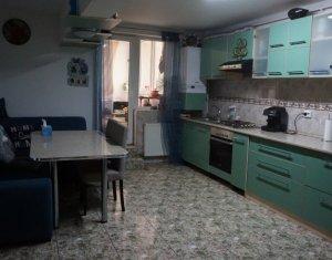 Apartament 4 camere, 83mp+ anexe, Strada Dunarii