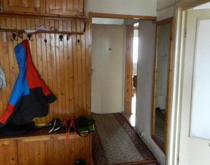 Inchiriere apartament 3 camere decomandate, 2 minute de Piata Cipariu