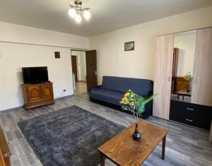 Apartament 1 camera, decomandat, 38mp utili, zona Piata Cipariu!