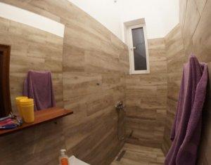 Apartament 4 camere recent renovat Centru