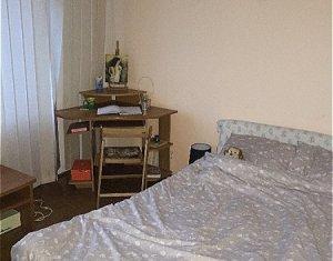 Apartament 3 camere, finisat, mobilat, utilat, centru