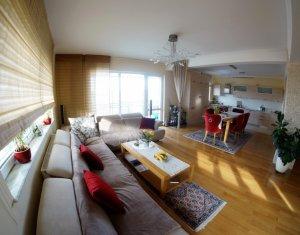 Apartament de vanzare, 4 camere, 160 mp, priveliste deosebita, A. Muresanu!