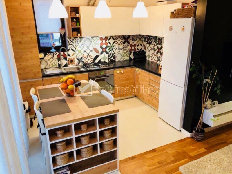 Apartament de vanzare, 3 camere, 60 mp, Europa