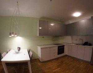 Apartament de lux cu 2 camere, zona centrala, 55mp, semidecomandat, Platinia