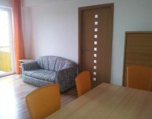 Apartament 3 camere langa Piata Mihai Viteazu
