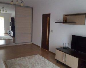Apartament 2 camere decomandate, confort sporit, Centru