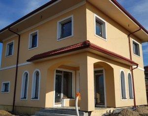 Casa individuala, 120mp, cu teren 350mp, zona linistita