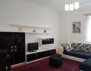 Apartament 4 camere, zona centrala