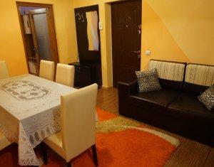 Apartament 2 camere cu parcare si curte comuna zona Clujana