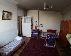 Vindem apartament cu 2 camere in centru Clujului, etaj intermediar, 46 mp
