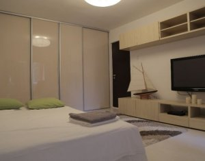 Apartament de vanzare, 4 camere, 86 mp, zona deosebita, Zorilor