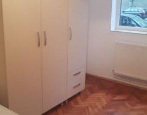 Apartament 2 camere decomandat, zona centrala