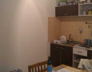 Vindem apartament cu 2 camere, 55 mp, zona strazii Traian