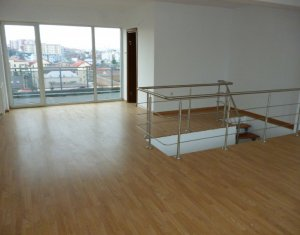 Appartement 5 chambres à vendre dans Cluj-napoca, zone Buna Ziua